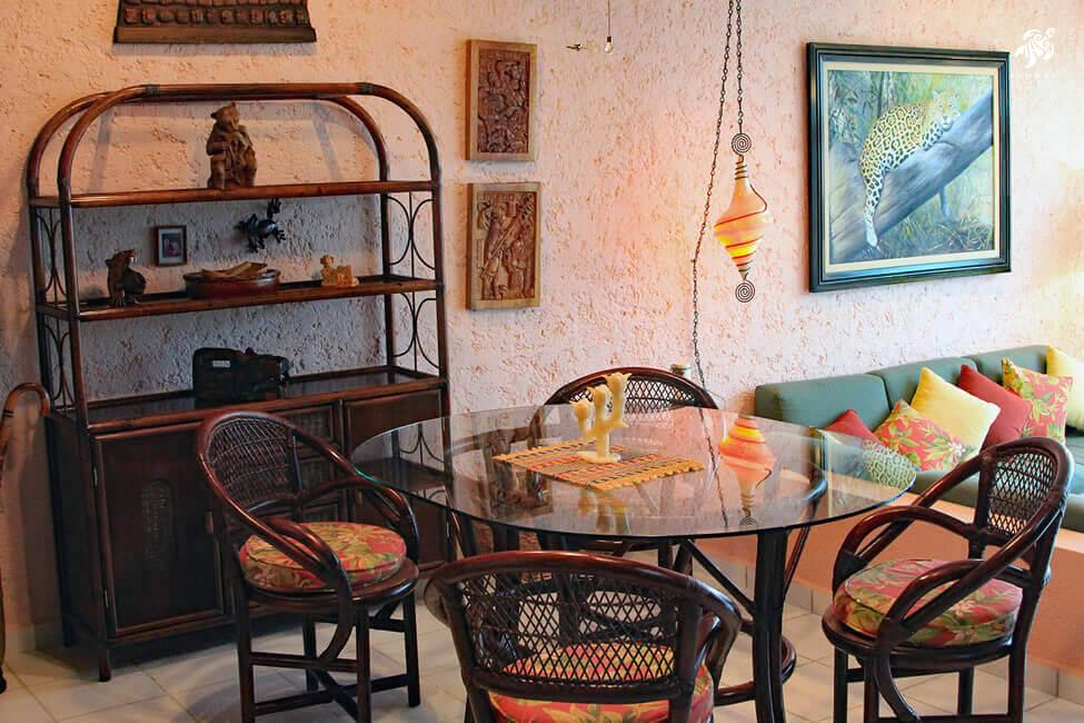 Cen Balam, La Sirena #5, Beachfront tree top dining amongst stunning Central American artwork