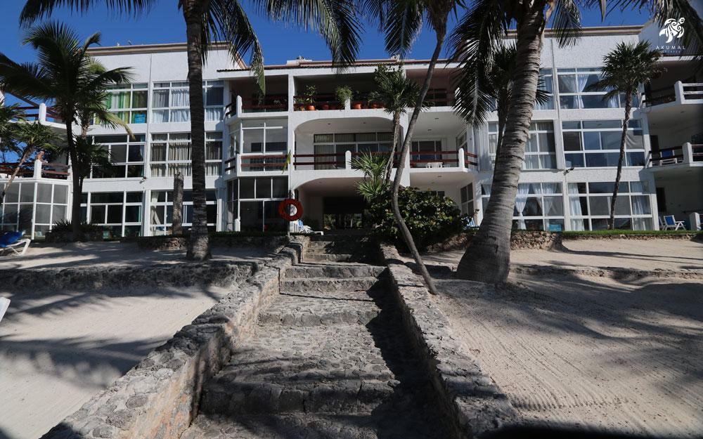 Looking up the beach steps towards La Sirena's beach building