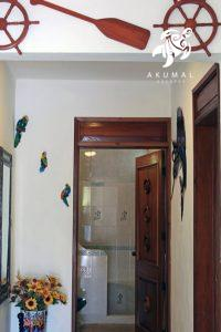 Villa Lijeson, La Sirena 15: The downstairs hall with split bedrooms and the shared bathroom