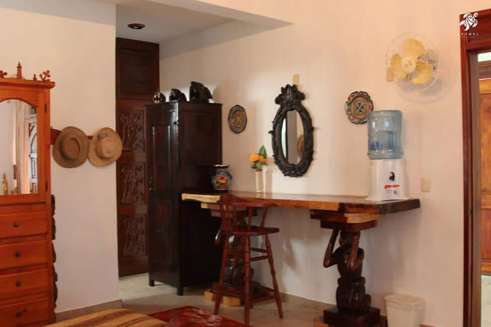 Villa Lijeson, La Sirena 15: The Master Bedroom's Dressing Area