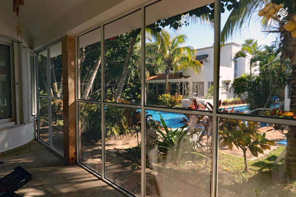 Villa Lijeson, La Sirena 15: View from villa's screened in porch of La Sirena's pool