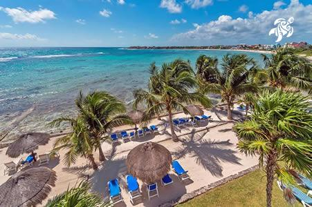 La Sirena's beach from above: the largest private beach in Akumal