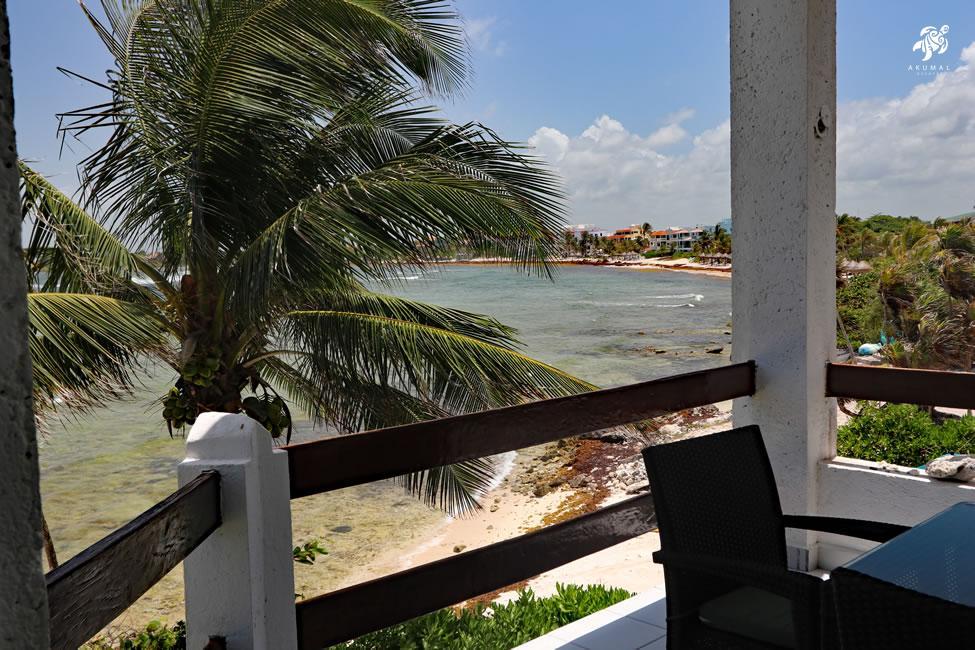 Cen Balam, La Sirena #5, The beach porch has even more great viewing of Half Moon Bay